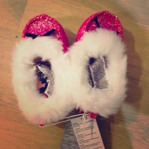 NWT Girl's Minnie's Slippers, size 9/10